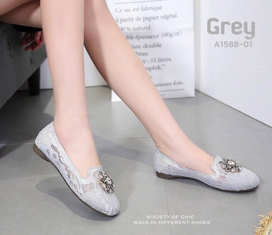 รองเท้าคัทชูลูกไม้ Style Roger Vivier (สีเทา)