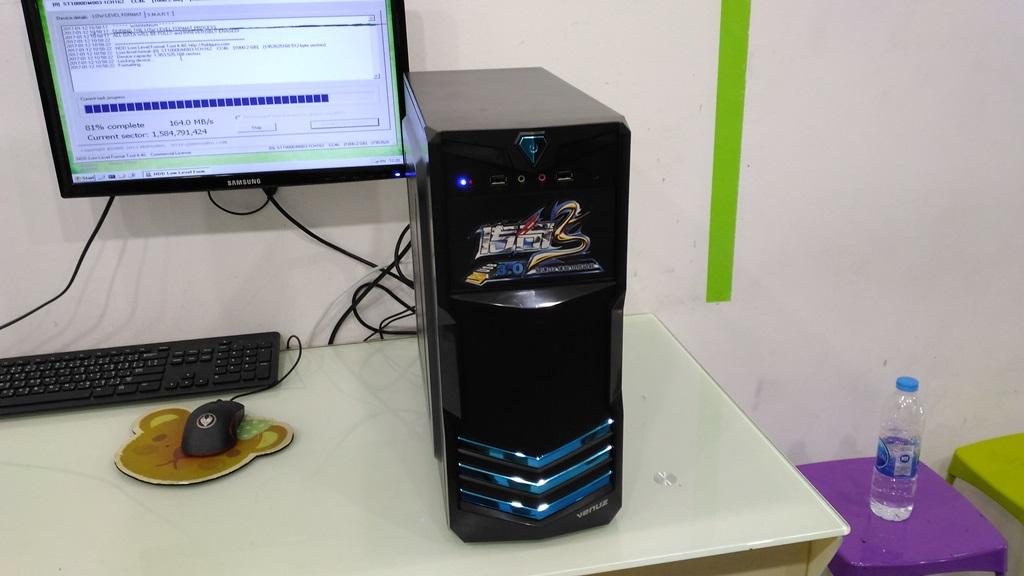 AMD X4 640 HD5670