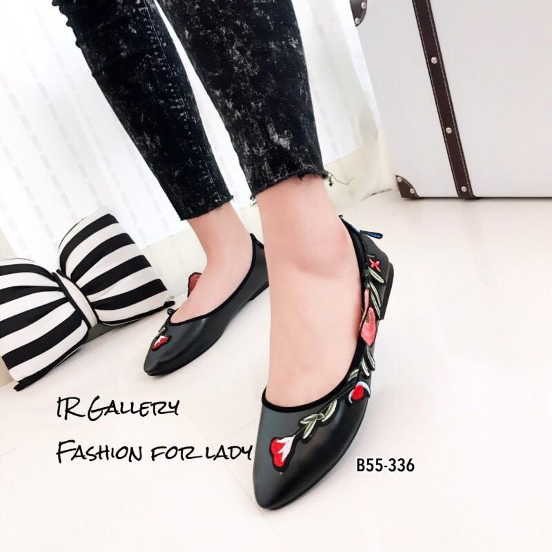รองเท้าส้นแบนลายดอก Style Gucci (สีดำ)