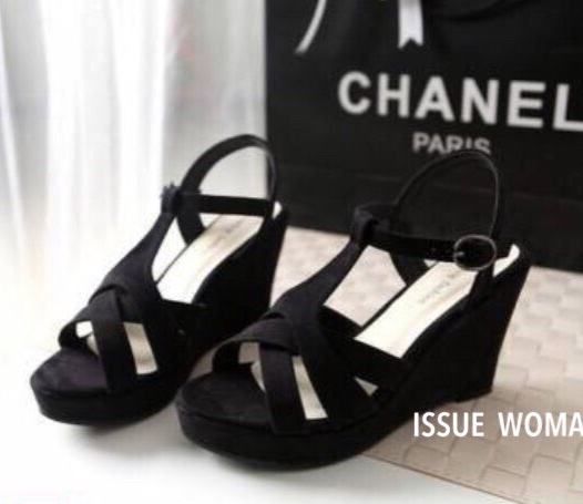 พร้อมส่ง : รองเท้าส้นเตารีดเกาหลี (สีดำ)
