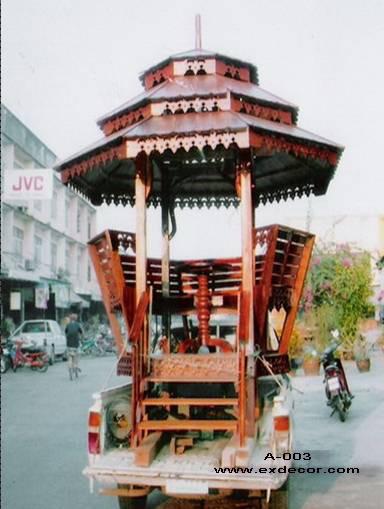 ศาลาทรงไทย ทรงถ้วยทอง หลังคาสามชั้น มีพนักพิงและม้านั่งสามด้าน ไม้เนื้อแข็งรวม ศาลาไม้สำหรับนั่งเล่นในสวน