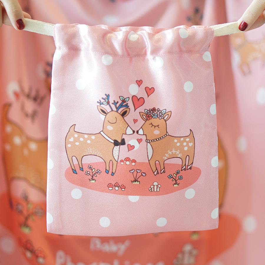 ถุงผ้าซาติน ลายกวางคู่ สีชมพู - Couple Deer / Pink