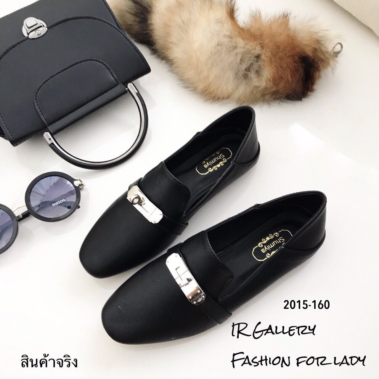 รองเท้าคัทชูหนังนิ่ม Style Hermes (สีดำ)