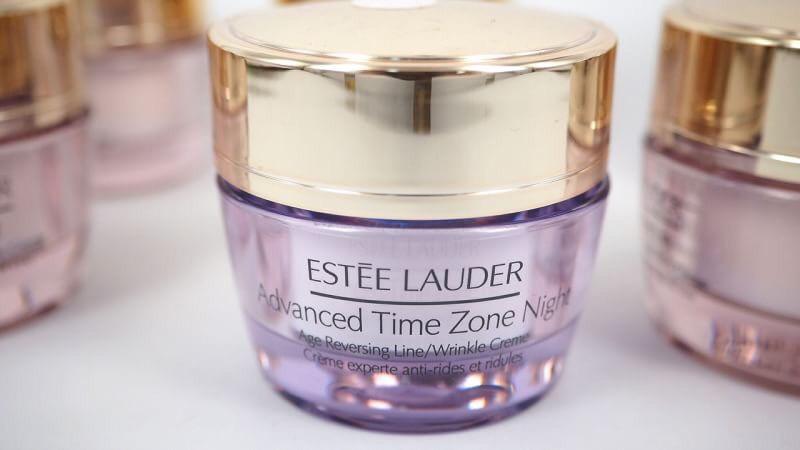 ผลการค้นหารูปภาพสำหรับ estee lauder advanced time zone night age reversing line