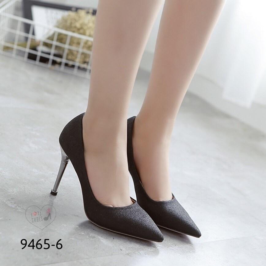 รองเท้าคัทชูกากเพชร (สีดำ)