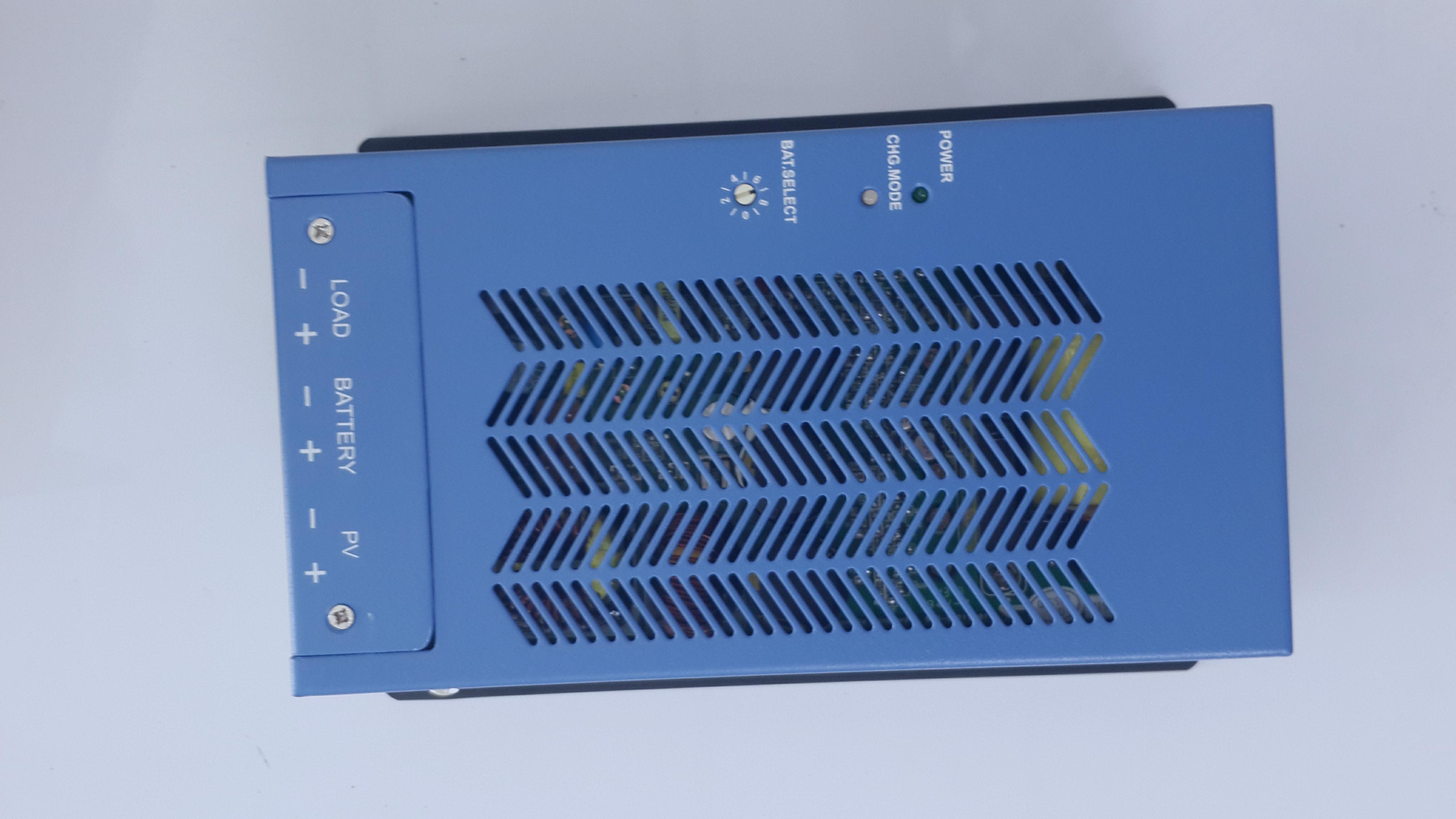 เตรื่องควบคุมการชาร์จ 40A12/24V/MPPT