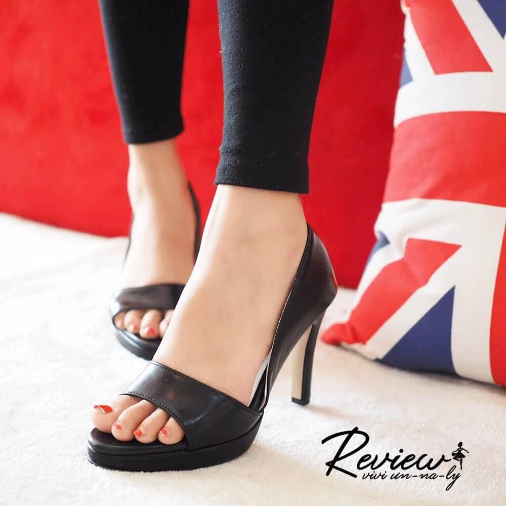 รองเท้าส้นสูงเปิดหน้า (สีดำ)