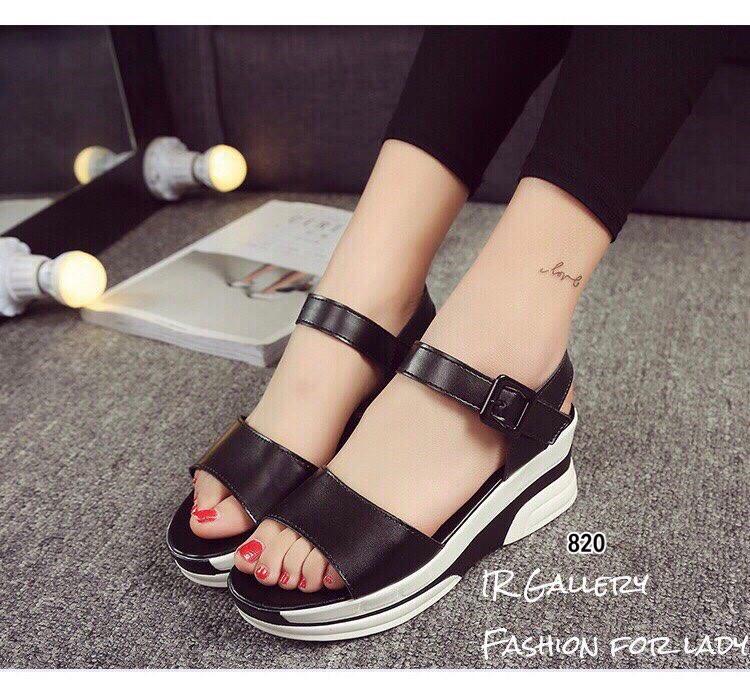 รองเท้าส้นเตารีดลำลองแต่งเมจิกเทป (สีดำ)