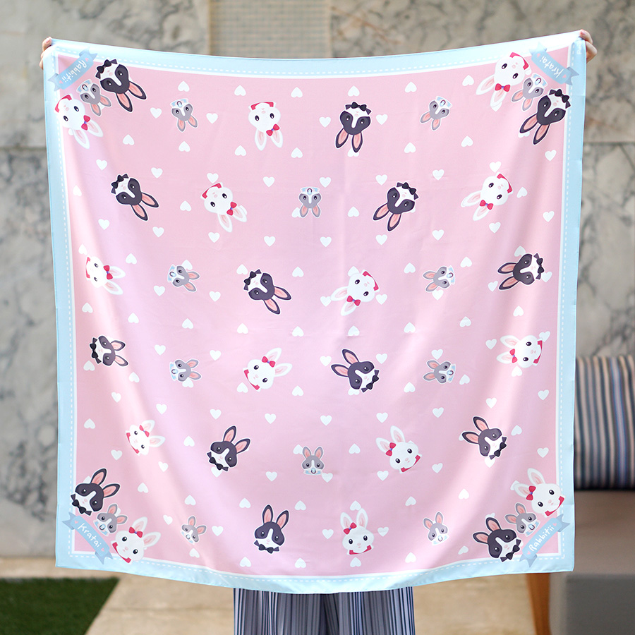 ผ้าพันคอ ลาย Rabbit Family - Pink