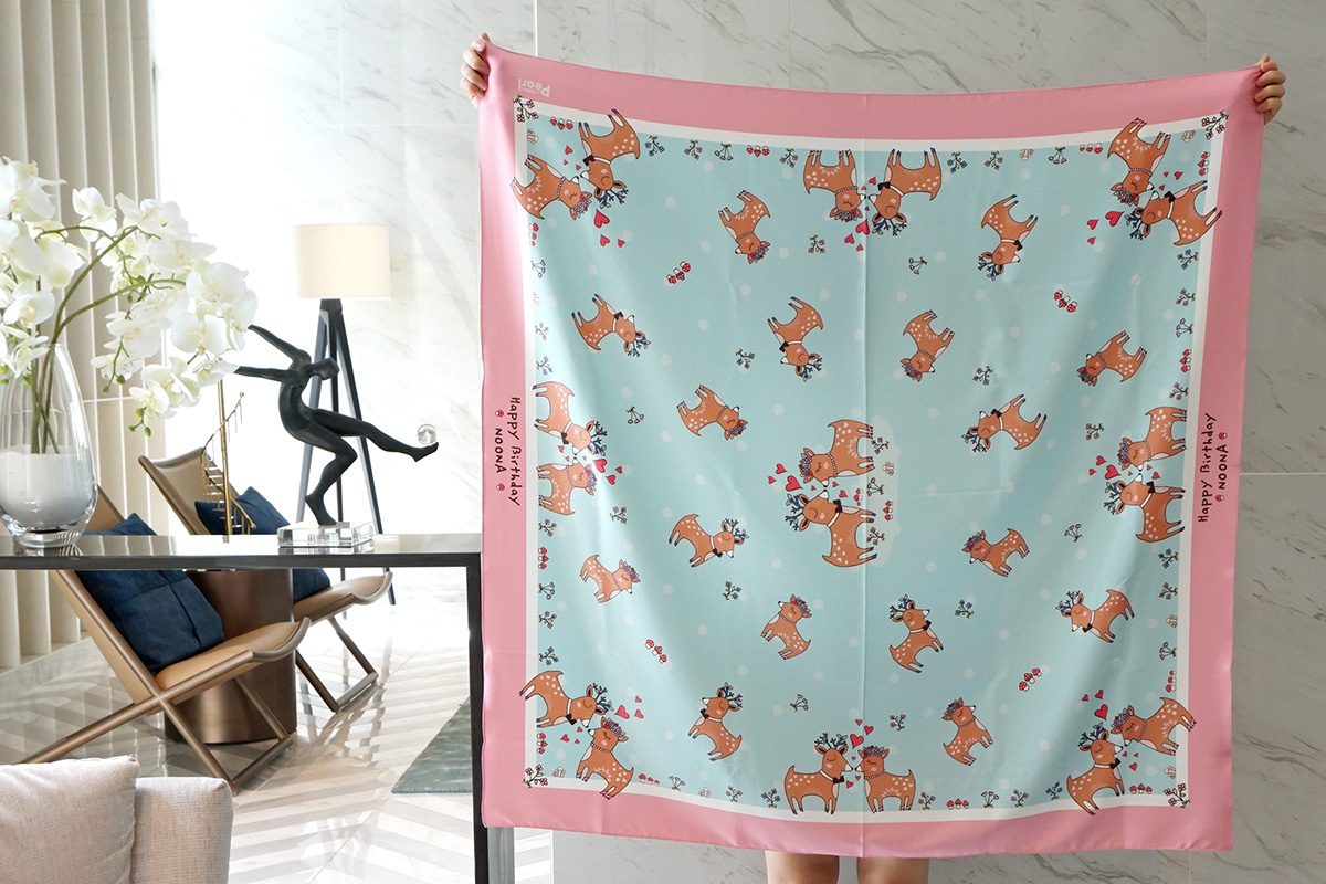 ผ้าพันคอ ลาย Couple Deer - สั่งทำใส่ชื่อ