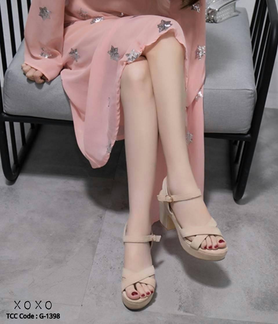 รองเท้าส้นตึกสายไขว้สไตล์แฟชั่นเกาหลี (สีครีม)