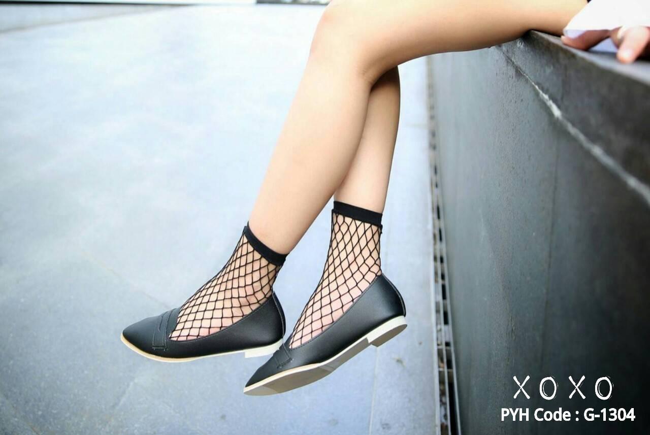 รองเท้าคัทชูทรงหน้าวี Style Tod (สีดำ)