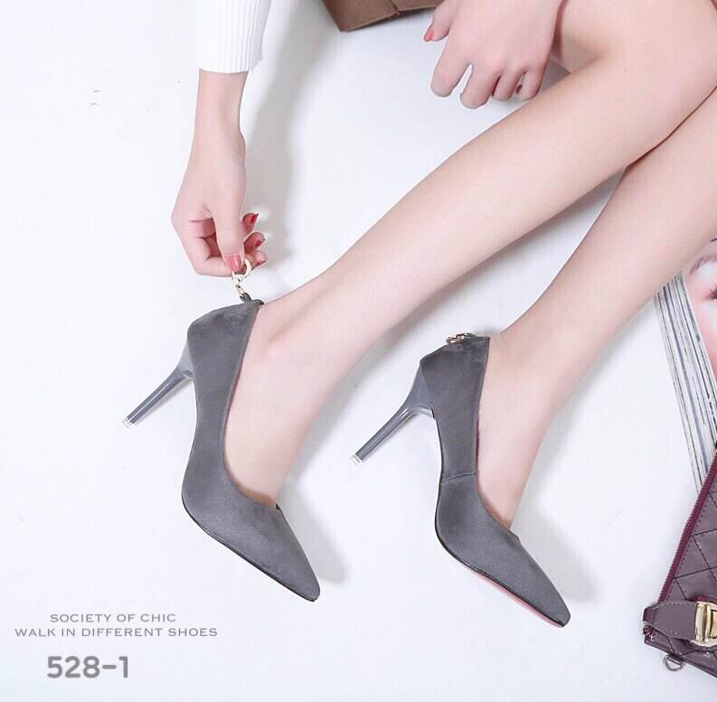 รองเท้าคัทชูส้นสูง Style Dior (สีเทา)