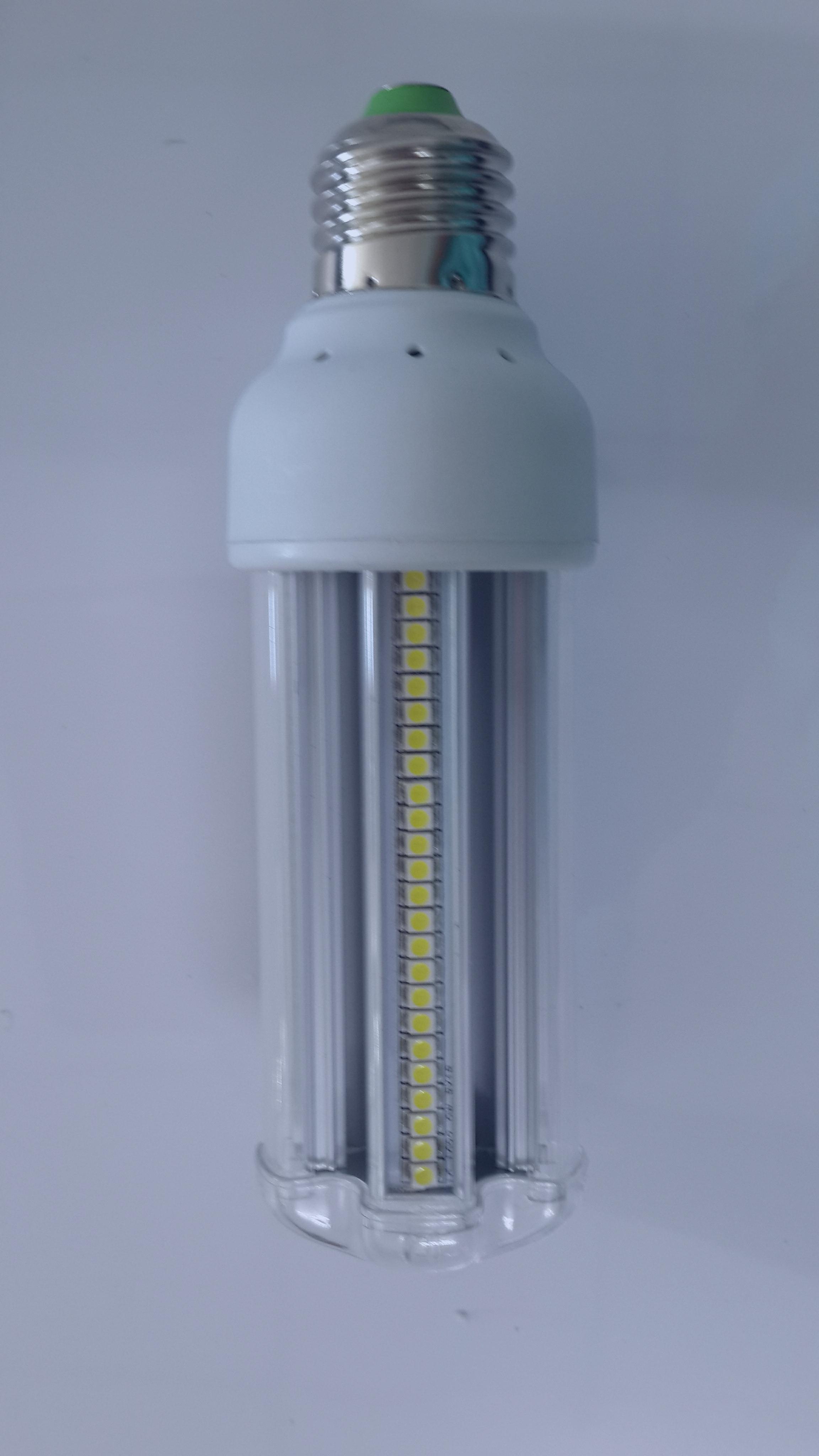 หลอดไฟแอลอีดี 85-265V/9W COLD WHITE