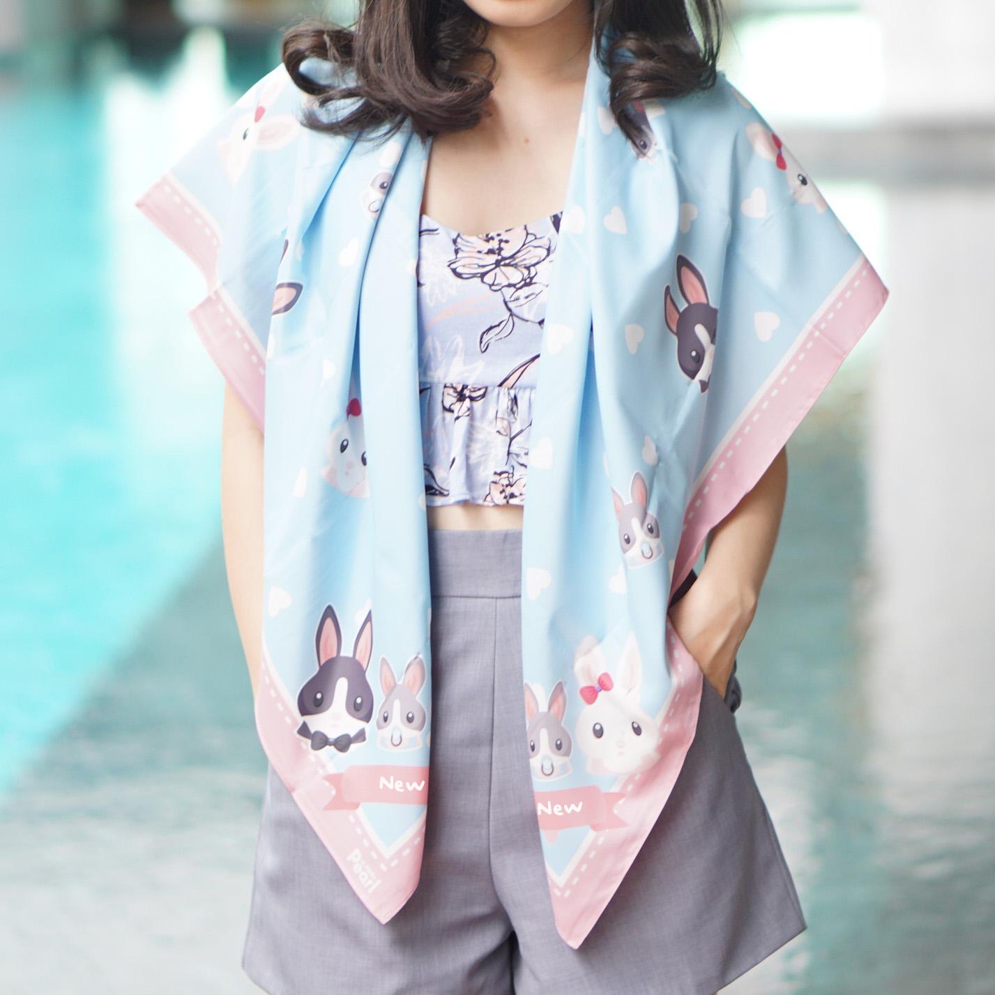 ผ้าพันคอ ลาย Rabbit Family - Blue - สั่งทำใส่ชื่อ