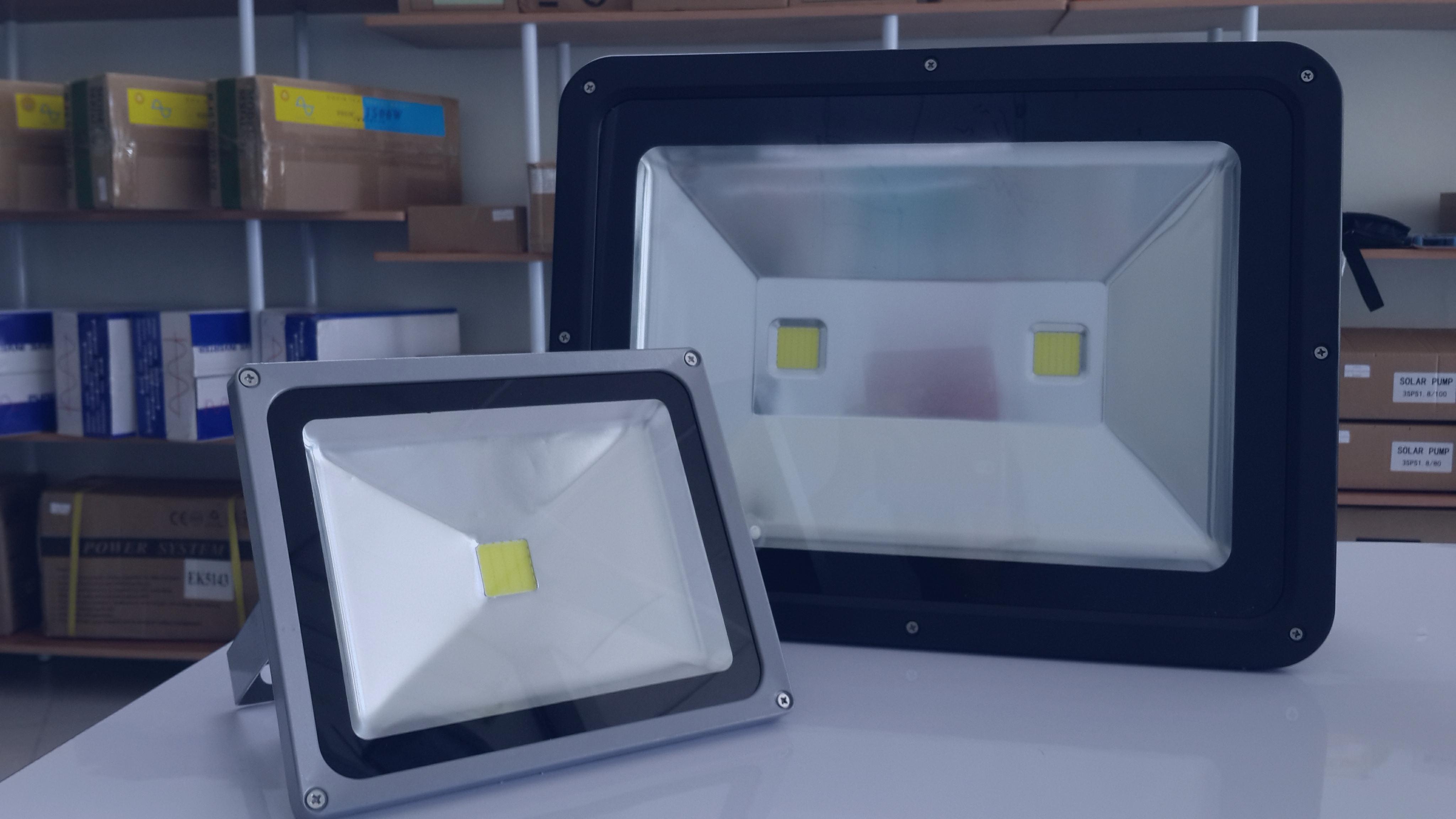 หลอดไฟแอลอีดี_LED flood light 120W