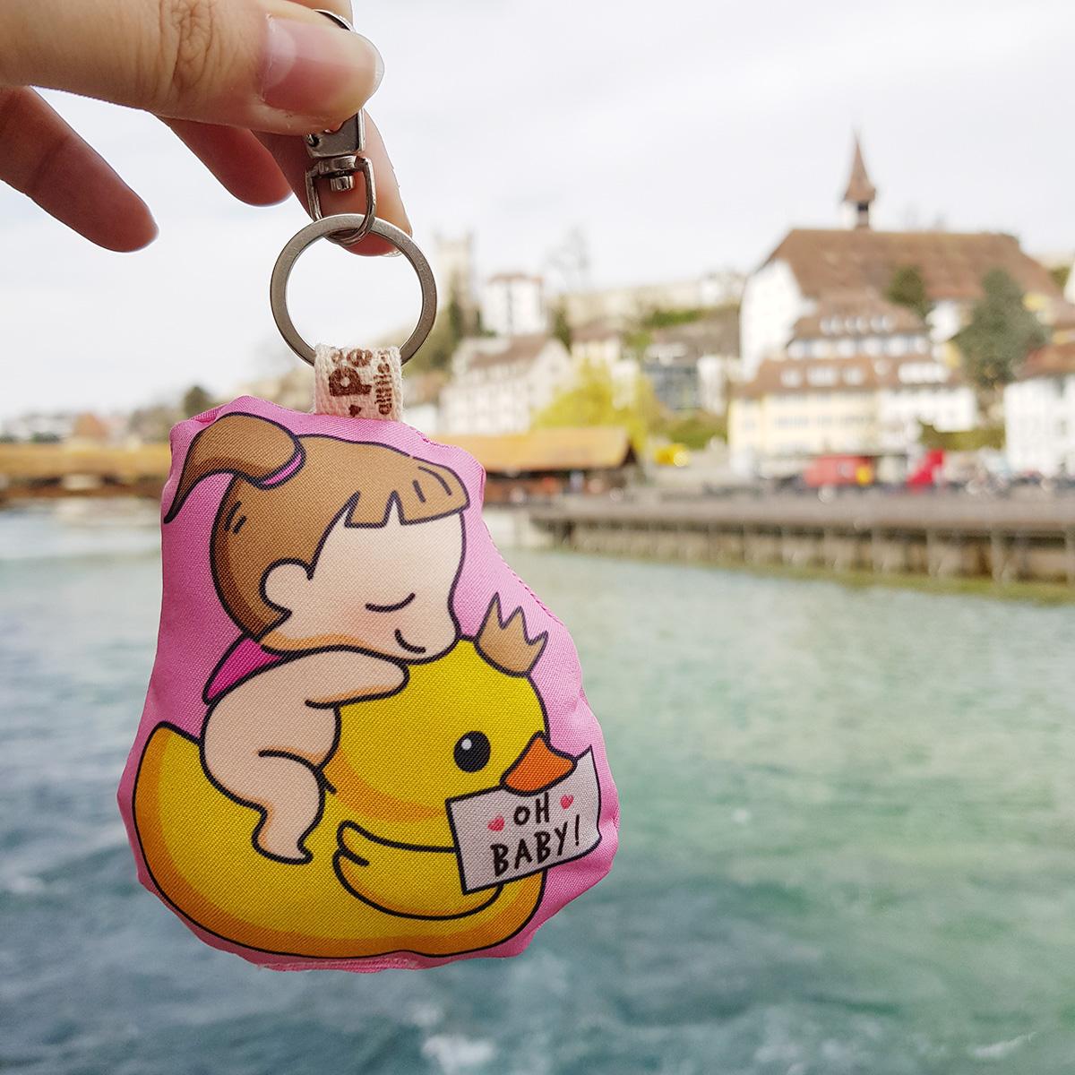 พวงกุญแจพร้อมส่ง ลาย Ducky & Baby Girl