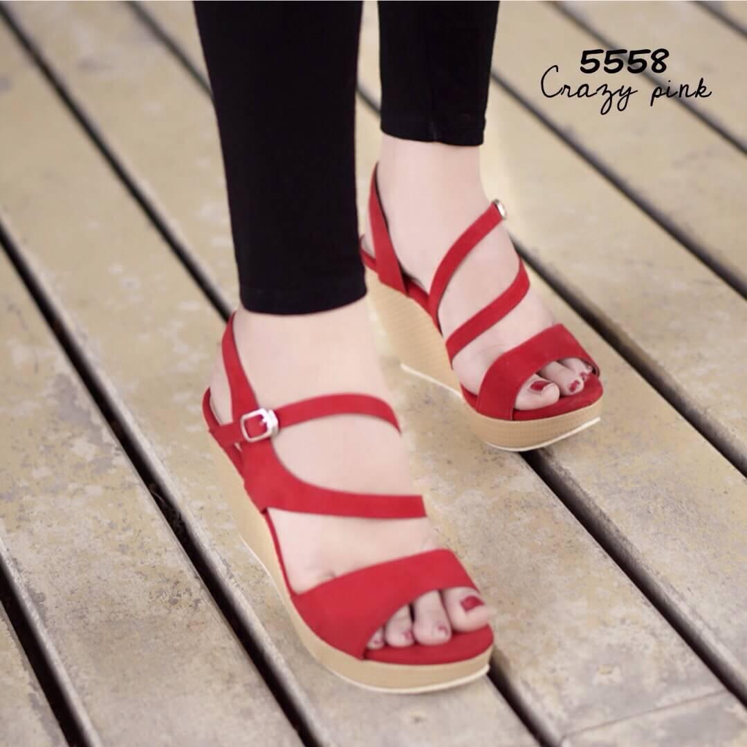 รองเท้าส้นเตารีดกำมะหยี่รัดส้น (สีแดง)