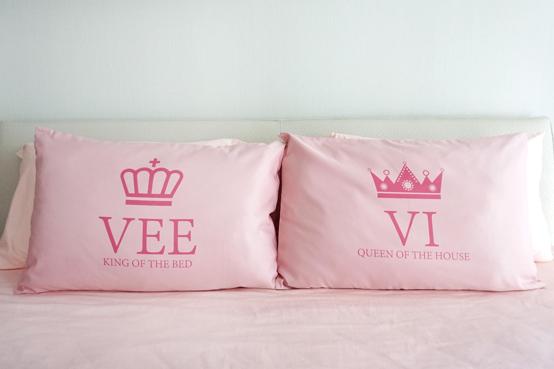 ปลอกหมอนหนุนคู่ สีชมพู ลาย King & Queen - Pink