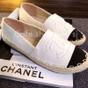 พร้อมส่ง : รองเท้า Chanel Espadrilles (สีขาว)