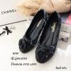 รองเท้าคัทชูส้นแบน Style Chanel (ดำ)