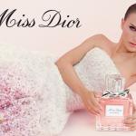 *พร้อมส่ง* Christian Dior Miss Dior Eau De Toilette Spray 100 ml. กลิ่นหอมโดดเด่นไปด้วยดอกกุหลาบ หวานหอมสุดใส ซึ่งได้นำกุหลาบบัลแกเรียและกุหลาบตุรกีมาปรุงแต่งใหม่ ,