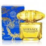 **พร้อมส่ง**Versace Yellow Diamond Intense Eau De Parfum ขนาดทดลอง 5ml. กลิ่นหอมแนวดอกไม้หอมหวานที่แฝงไปด้วยความเปรี้ยวสดชื่นกระปรี้กระเปร่า ด้วยกลิ่นของผิวส้ม มะนาว ซิตรัส ตามมาด้วยกลิ่นหอมหวานละมุนของดอกไม้ป่าที่บ่งบอกถึงความเป็นผู้หญิง ตบท้ายกับกลิ่นพร