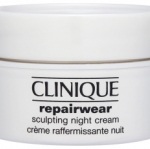 **พร้อมส่ง**Clinique Repairwear Sculpting Night Cream ขนาดทดลอง 15 ml. ครีมบำรุงผิวเนื้อเจลบางเบา ด้วยเทคโนโลยี Collagen Web Technology™ ช่วยเสริมกระบวนการฟื้นบำรุงผิวในเวลากลางคืนให้ผิวดูกระชับ ได้รูป เรียบเนียน ,