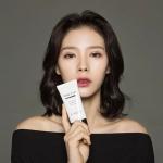 **พร้อมส่ง**A'MANT Tone It Up BB Cream SPF50+ PA+++ (อามังก์) บีบีครีมจากเกาหลีแบบ All in One เป็นทั้งบีบี และครีมบำรุงผิวไปในตัว ปกปิดเนียนเรียบ ลดริ้วรอยจุดด่างดำ แถมยังทำให้หน้ากระจ่างใส ตัวครีมเป็นสีขาวนะแต่พอwarmครีมแล้วจะเป็นสีเนื้อแมทกับผิวของ