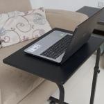 Pre-order โต๊ะทำงานปรับระดับ โต๊ะแล็ปท็อป โต๊ะวางคอมพิวเตอร์ โต๊ะพรีเซนต์งาน เฟอร์นิเจอร์ตกแต่งบ้าน ตกแต่งห้อง ปรับระดับได้ มีล้อเลื่อน สีดำ