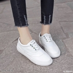 รองเท้าผ้าใบแต่งสีทูโทน (ขาวล้วน)
