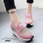รองเท้าผ้าใบแฟชั่นเสริมส้น Y-8 (สีชมพู)