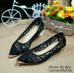 พร้อมส่ง : รองเท้าคัทชูหัวแหลมส้นทอง (สีดำ)