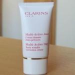 *พร้อมส่ง*CLARINS Multi-Active Day Early Wrinkle Correction Cream ขนาดทดลอง 15ml. ครีมชะลอริ้วรอย สูตรกลางวัน สำหรับทุกสภาพผิว มอบความชุ่มชื่น เผยผิวที่เนียนนุ่ม กระจ่างใส ด้วยสารสกัดจาก Ambiaty กระตุ้นการผลิตคอลลาเจน และเสริมการทำงานของโปรตีน ของชั้นผิว