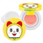 **พร้อมส่ง**A'pieu Cushion Blusher Doraemon Edition โดเรมี่บลัช บรัชออนในรูปแบบคูชั่นเนื้อบางเบา เกลี่ยง่าย ไม่เป็นคราบ ทาแล้ว เนียนเรียบไปกับผิว ติดทนนานตลอดวันค่ะ สีหวาน น่ารักมากๆ แก้มดูมีเลือดฝาด สวยใสแบบธรรมชาติ เหมาะสำหรับสาวๆที่ต้องการเติมสีแก