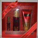 ** พร้อมส่ง**Victoria's Secret Pure Seduction Set Gift 10 pcs เซ็ทของขวัญกลิ่นหอมยอดนิยมอันดับหนึ่งของแบรนด์นี้ รวมโลชั่นบำรุงผิว+สปร์ยหัวน้ำหอมเข้มข้น+สเปร์ยน้ำหอมบอดี้มิส กลิ่นยอดฮิตขายดีสุดๆ เป็นกลิ่นของผลพลัมผสมผสานกับกลิ่นหอมอบอุ่นโรแมนติกของดอก
