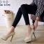 รองเท้าคัทชูส้นสูงหุ้มส้นแบบเรียบ (สีครีม) thumbnail 2