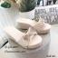 รองเท้าลำลองส้นเตารีดแต่งโบว์ (สีครีม) thumbnail 1