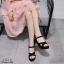 รองเท้าส้นตึกสายไขว้สไตล์แฟชั่นเกาหลี (สีครีม) thumbnail 6