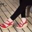 รองเท้าส้นเตารีดกำมะหยี่รัดส้น (สีแดง) thumbnail 3