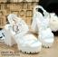 พร้อมส่ง : รองเท้าสไตล์เกาหลีลายลูกไม้ (สีขาว) thumbnail 2