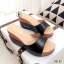 รองเท้าส้นเตารีดแบบสวงเปิดหน้า (สีครีม) thumbnail 4
