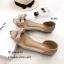 รองเท้าคัทชูพียูใส (สีครีม) thumbnail 3