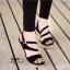 รองเท้าส้นเตารีดกำมะหยี่รัดส้น (สีแดง) thumbnail 5
