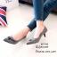รองเท้าคัทชูปักลายดอกไม้ (สีเทา) thumbnail 2