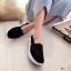 รองเท้าผ้าใบลูกไม้ถักเสริมส้น (สีครีม) thumbnail 4