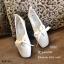 รองเท้าคัทชุส้นแบนหน้าตัด (สีครีม) thumbnail 2