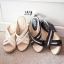 รองเท้าส้นเตารีดหน้าไข้วแต่งทอง (สีดำ) thumbnail 11