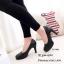รองเท้าคัทชูส้นสูงทรงหัวกลม (สีดำ) thumbnail 2