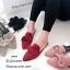 รองเท้าเปิดส้นกำมะหยี่แต่งโบว์ (สีเทาเหลือบครีม) thumbnail 6